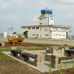 Johanna Wirth - Landschaftsarchitektin - Außenanlage Strausberger Flugplatz, Tower